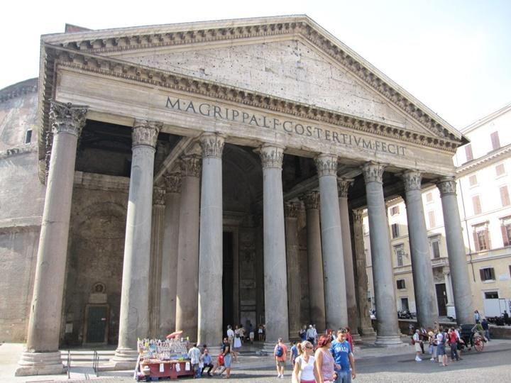 Pantheon - romada gezilecek yerler sırası ile