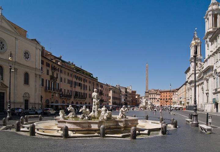 Piazzo-Navona-meydanı-romanın-en-güzel-meydanları.jpg