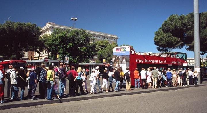 Roma Hop On & Hop Off 110 open otobüsleri hakkında bilgi - romada yapılacak şeyler