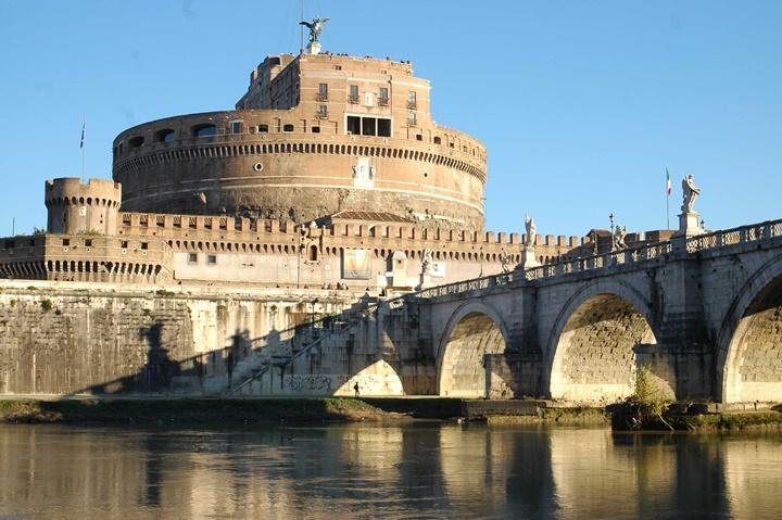 Roma rehberi - Castel Sant Angelo kalesinin hikayesi