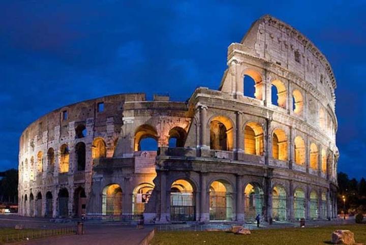antik-roma-kolezyum-Romada-gezilecek-yerler1