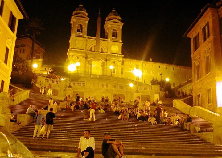ispanyol merdivenleri gece görüntüsü