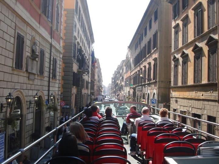 roma hop on hop off otobüsleri - romada ulaşım