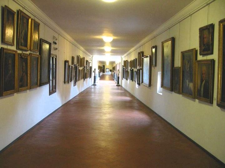 Floransa Vasari Corridorun içi - vasari koridorunun içindeki yapılar