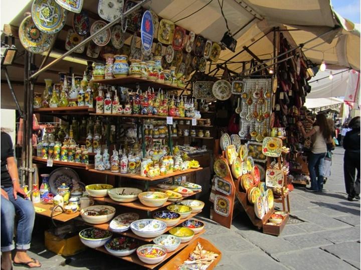 floransada hediyelik eşya dükkanları