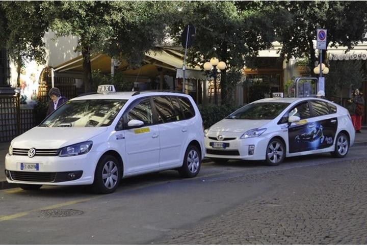 floransada taksiler - floransada ulaşım