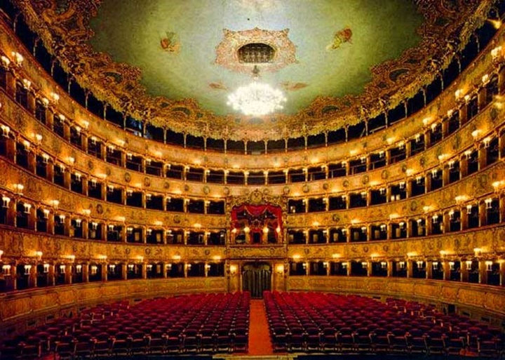 venedik Fenice tiyatrosu