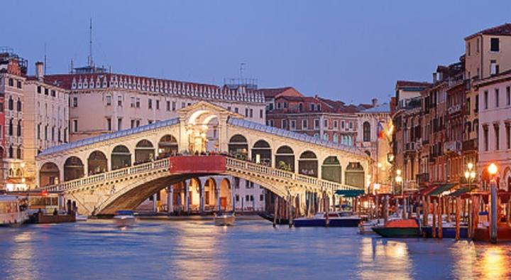 venedik rialto köprüsünün hikayesi