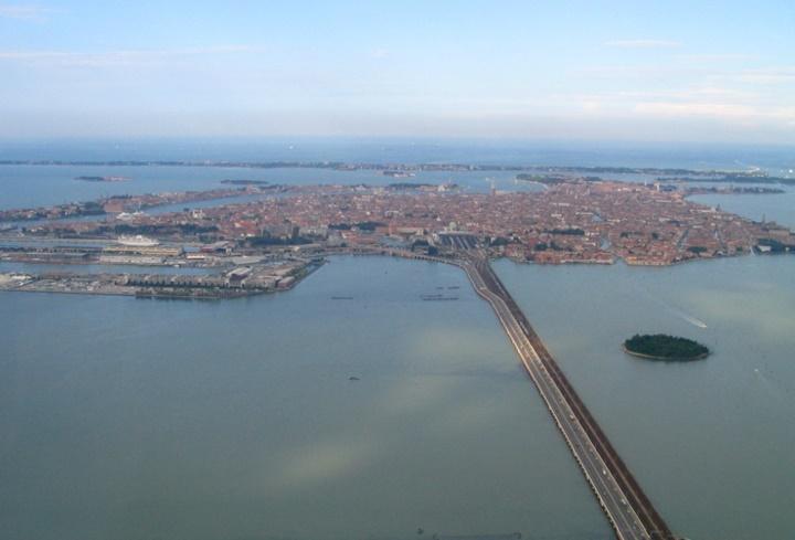 venedike uçakla ulaşım - Marco Polo hava alanı