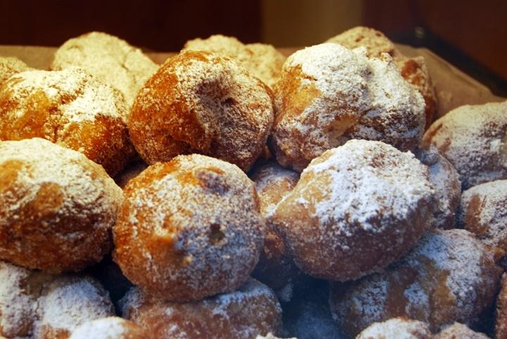 venedikin en meşhur tatlısı - Fritella alla veneziane - venedikte yeme içme