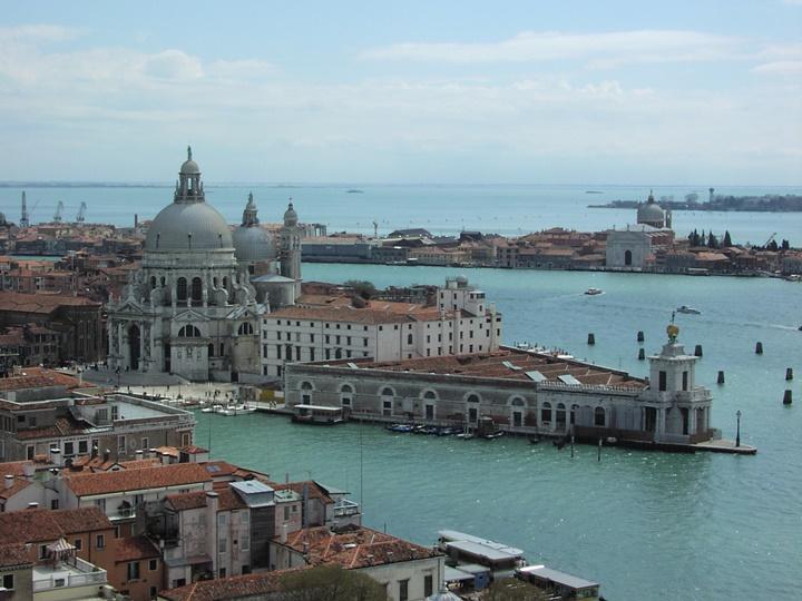 venedil-Santa-Maria-Della-Salute-bazilikası-hakkında-bilgi