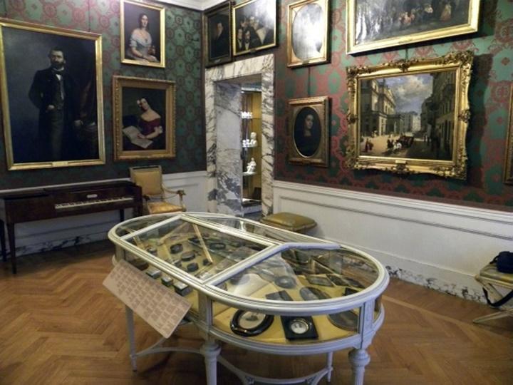 Milano La Scala Tiyatro Müzesinde sergilenen eserler