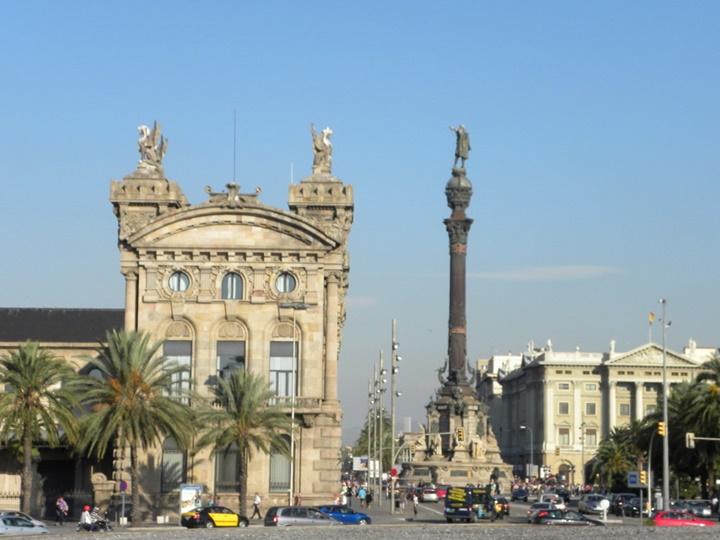 barcelonada gezilecek yerler - Barcelona Kristof Kolomb Heykeli