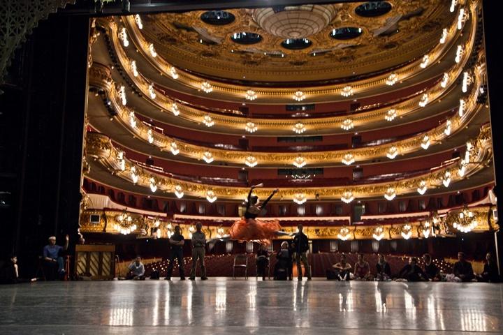 barcelonada yer alan opera binası - Barcelona Gran Teatre Del Liceu Opera Binası