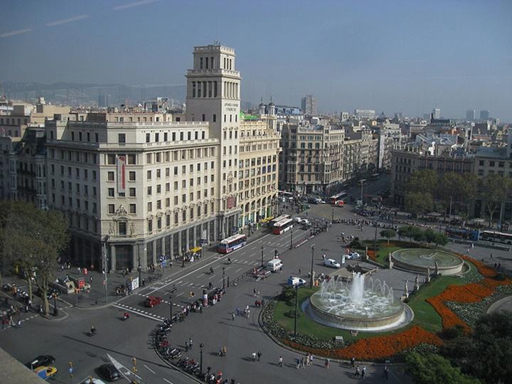 barcelonanın ünlü meydanları - Barcelona Plaçe de Catalunya Meydanına ulaşım