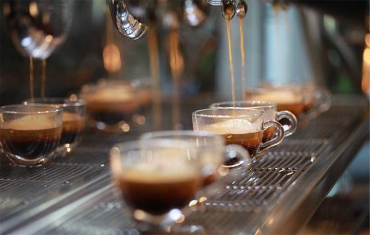 milano'da kahve - Milanoda yemek yenilecek yerler