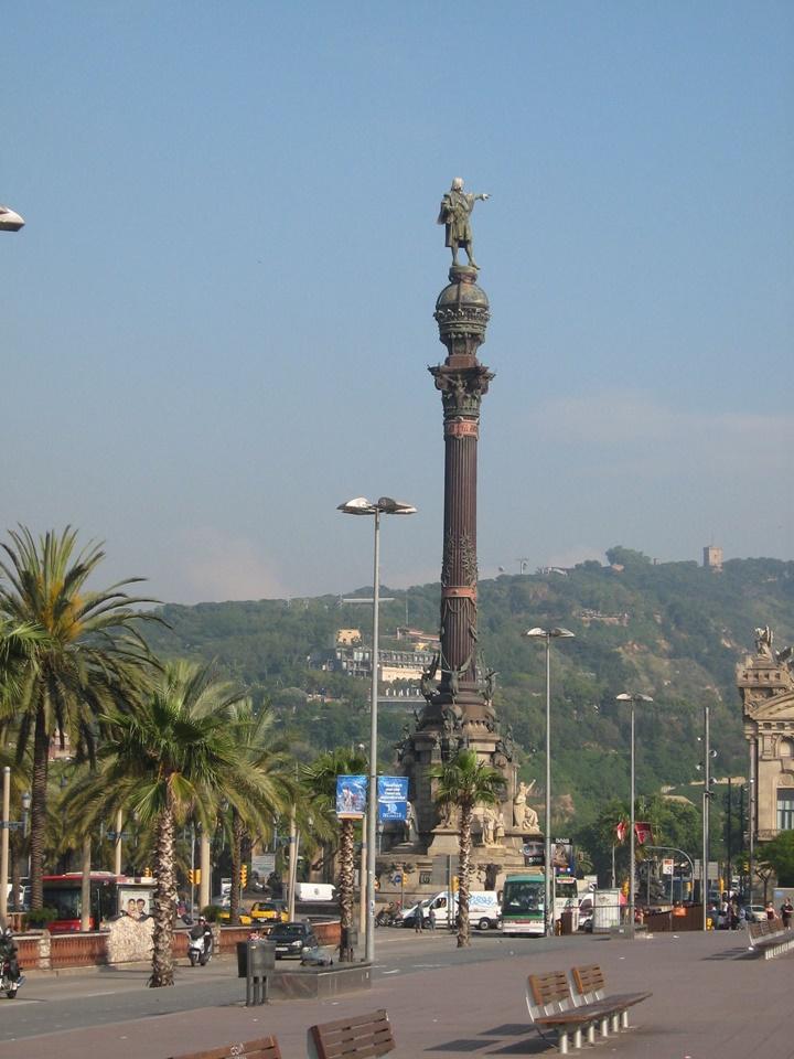 Barcelona Kristof Kolomb Heykeli