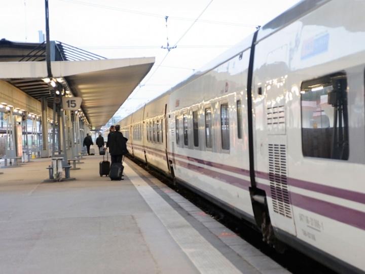 Barcelona costa brava treni