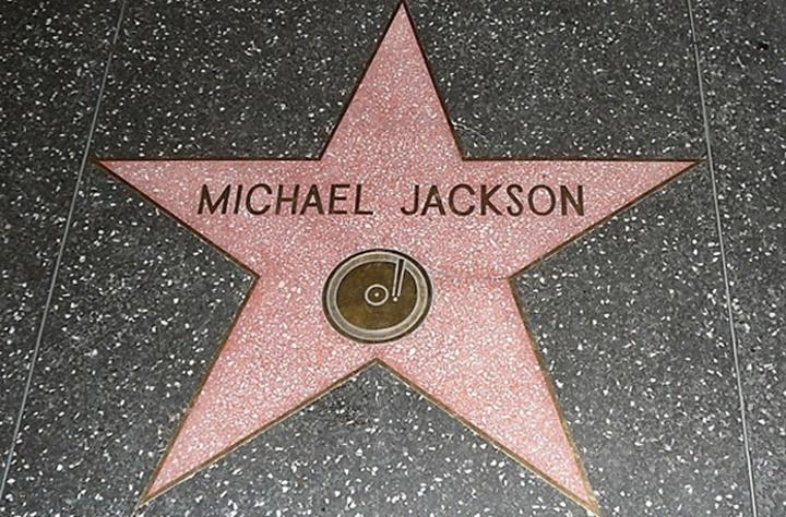 hollywood yıldızlar kaldırımı