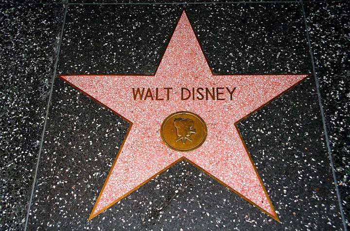 hollywoodda gezilecek yerler - hollywood yıldızlar kaldırımı