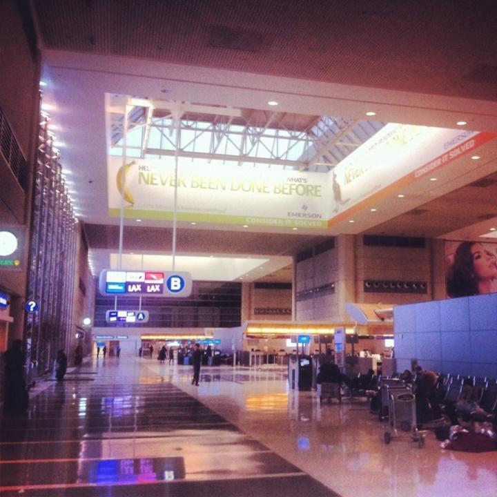 lax hava alanı