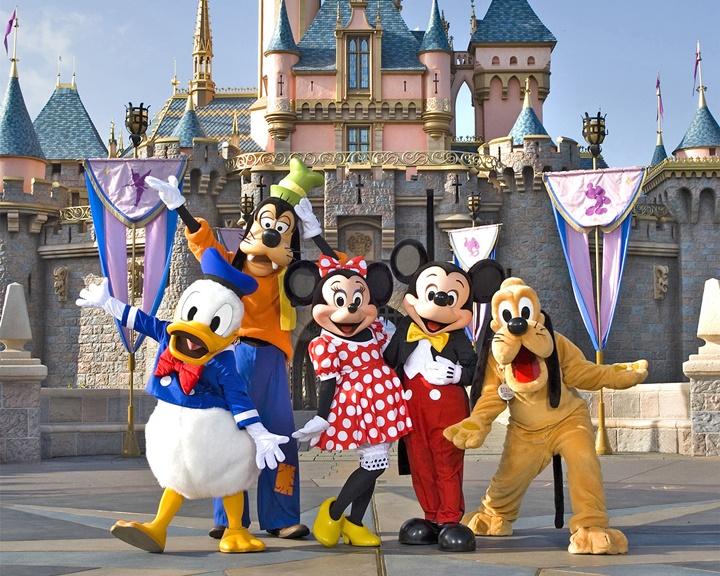 los-angeles-Disneyland-hakkında-bilgi-disneylandda-neler-yapılabilir