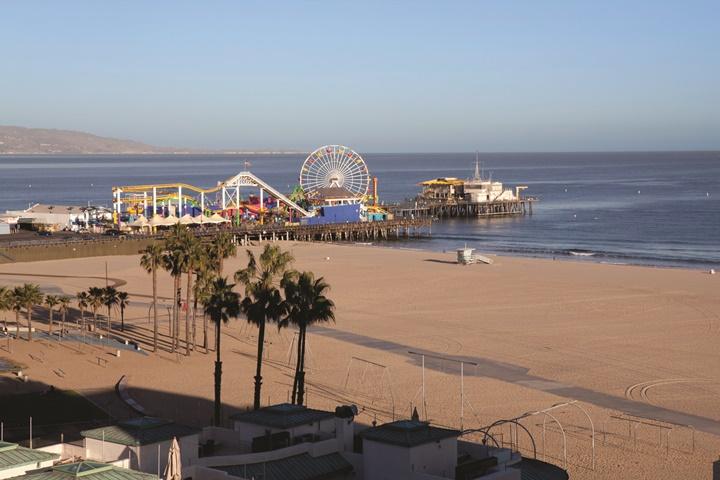 los angeles plajları - santa monica iskelesi üzerindeki lunapark