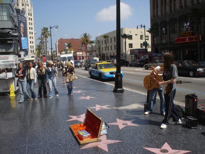 los nageles gezi rehberi - Hollywood gezi rehberi