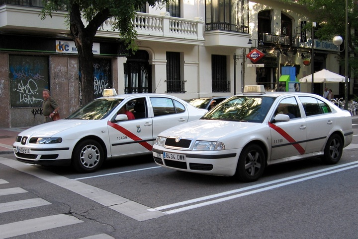madridde ulaşım - madridde taksi