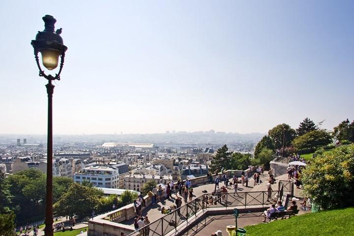 pariste gezilecek yerler - Paris Montmarte Tepesi