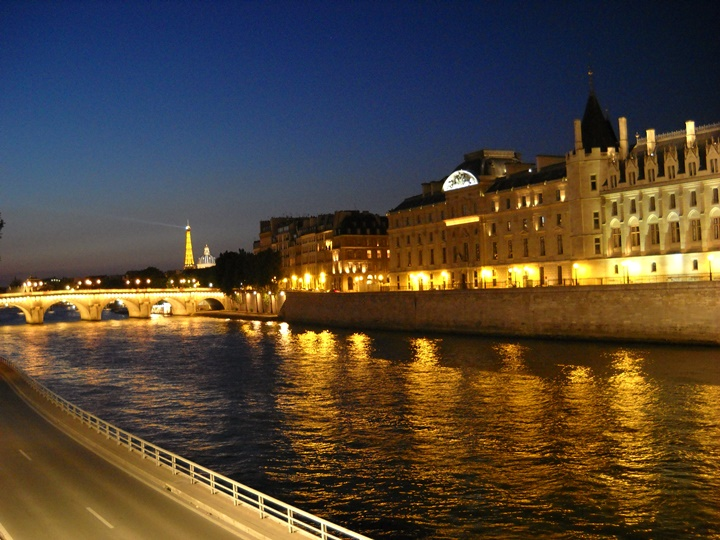 pariste gezilecek yerler - Paris Sen Nehri