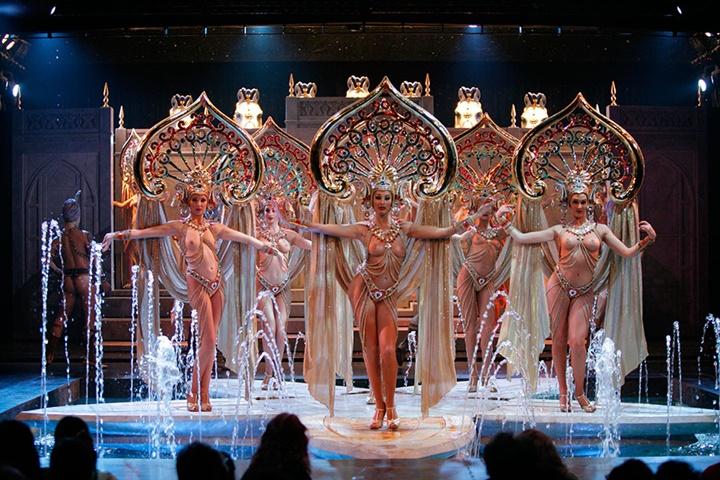 Moulin rouge ile lido show arasındaki fark