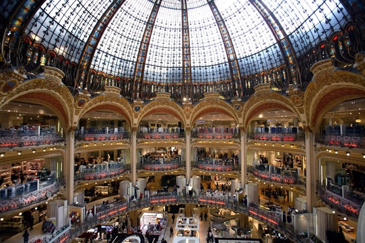 Paris Galeries Lafeyette Alışveriş Merkezinin kubbesi