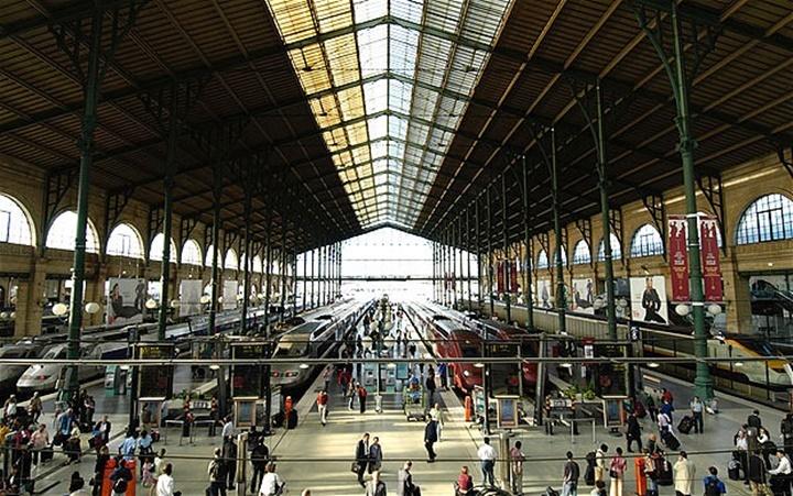 Paris Gare Du Nord Tren istasyonu