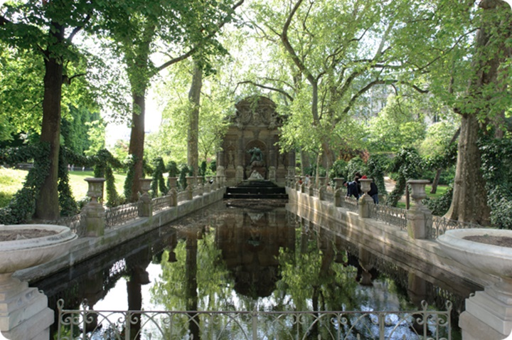 Paris Lüksemburg parkı