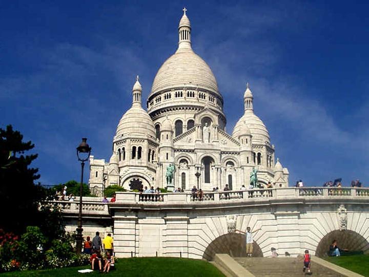 Paris Montmarte Tepesine Ulaşım - Paris Ressmalar Tepesine Ulaşım