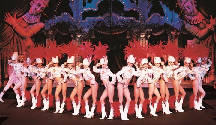 Paris-Moulin-rouge-gösterisi.jpg