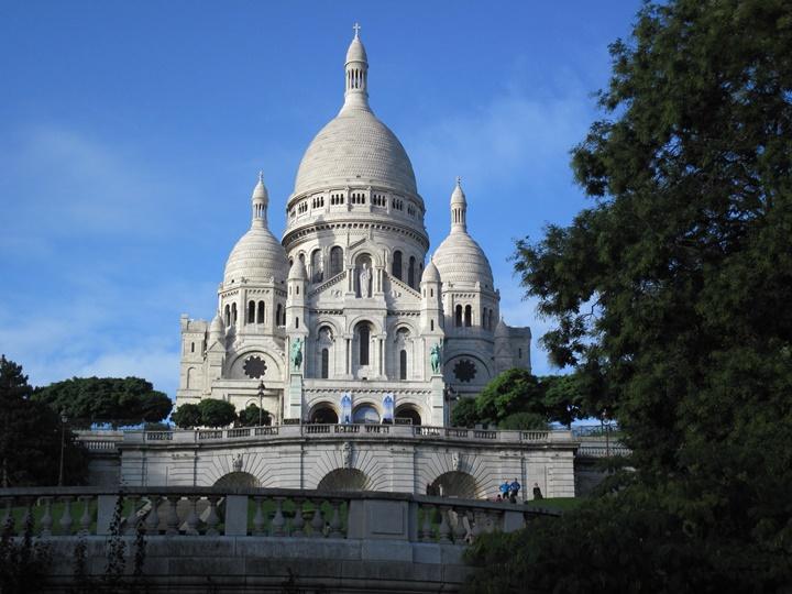 Paris Ressamlar Tepesine ulaşım