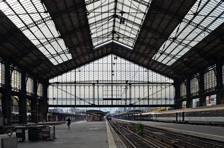 Paris gare d'Austerlitz tren istasyonu - İspanya Paris arası tren seferleri