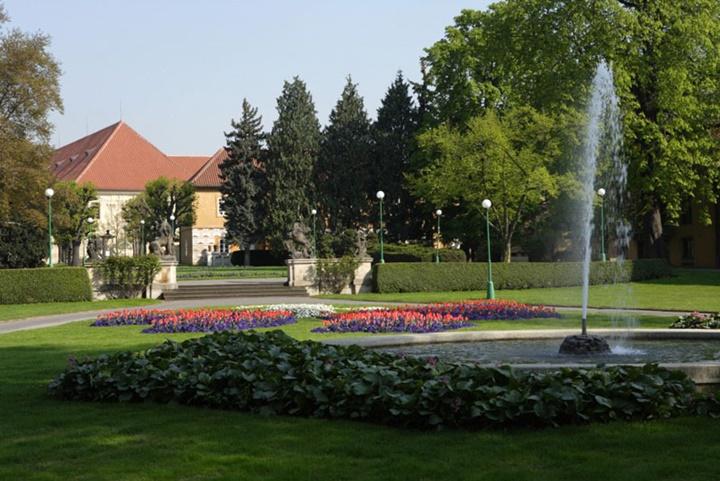 Prag Royal Garden - Prag Kalesinin Bahçesi