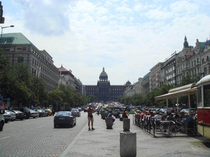 Prag Wenceslas Meydanının resimleri