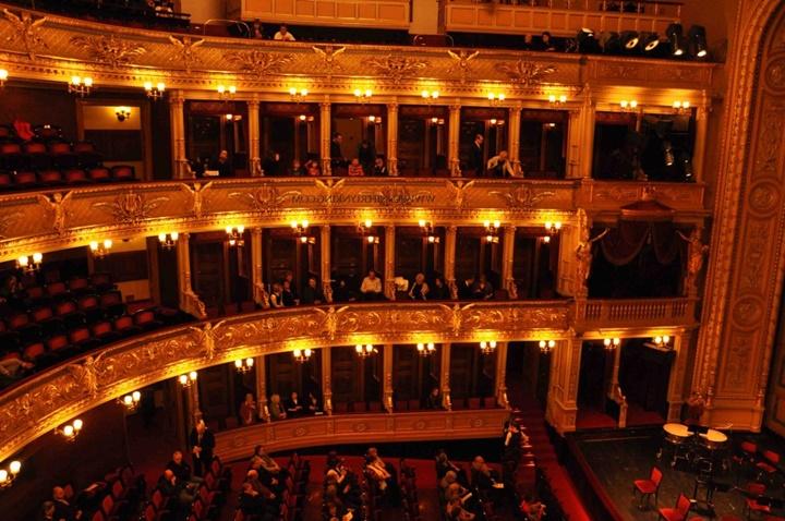 Prag devlet tiyatrosunun içi