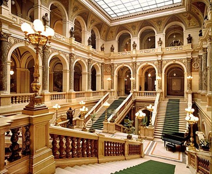 Prag ulusal müzesinin içi