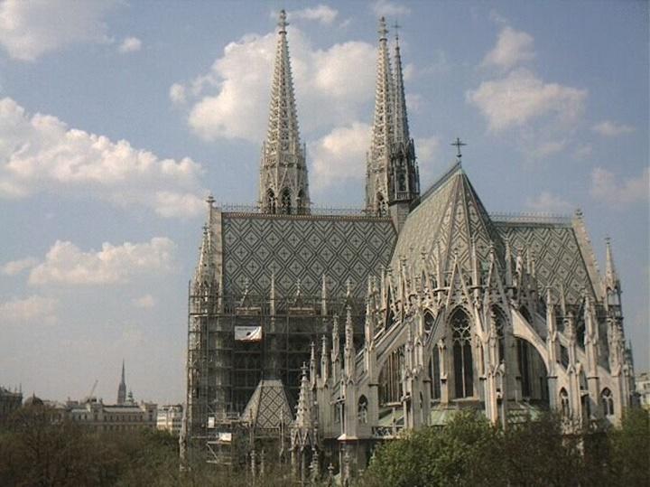 Viyana votivkirche kilisesi