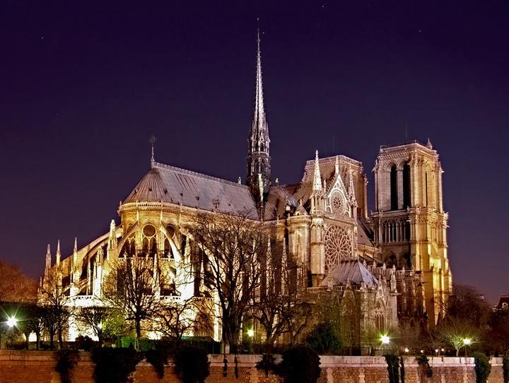 pariste yapılacak şeyler - Paris notre dame katedrali