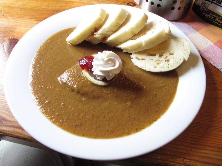 pragın en meşhur yemeği - svickova