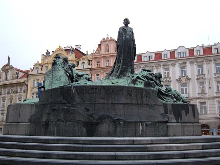 prag Jan Hus anıtı - Prag Old Town Meydanı - Prag Eski Şehir Meydanı