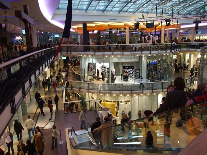 pragda yer alan alışveriş merkezleri - Prag palladium