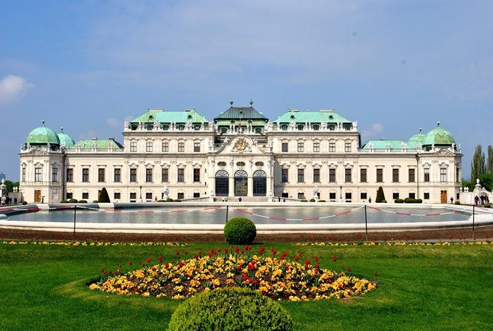 Belvedere sarayını bahçesi