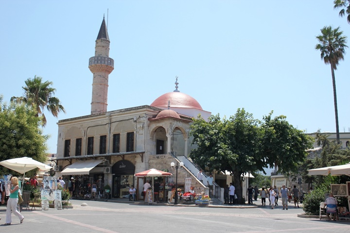 Kos Defterdar İbrahim Paşa Cami